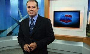 Oloares é apresentador do programa Balanço Geral, da Record Goiás