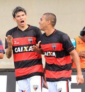 Júnior Viçosa fez o primeiro gol do Dragão