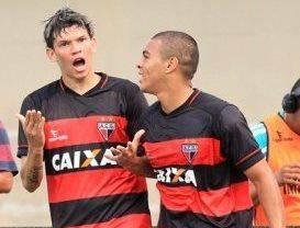 Júnior Viçosa foi um dos autores dos gols do Dragão