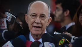 Rui Falcão ressaltou que petistas comprovadamente envolvidos em ilícitos da Petrobras serão expulsos da legenda (Foto:   José  Cruz/Agência  Brasil)