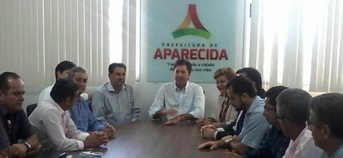 Maguito reúne secretariado para receber comitiva do PSB em Aparecida / Foto: Carlos Alexandre