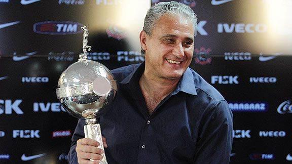 Tite foi muito feliz ao afirmar que a festa pela conquista do título vai durar até a primeira partida em 2016 / Foto: site Corinthians