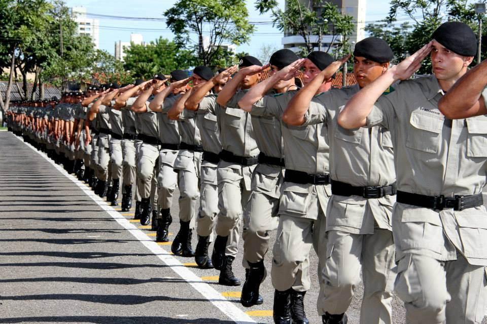 Governo anunciou a criação dos cargos de agente de 4ª classe para a PC e soldado de 3ª classe na PM / Foto: Governo de Goiás