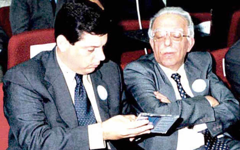 Marconi Perillo parabeniza ex-governador Henrique Sntillo por rede social