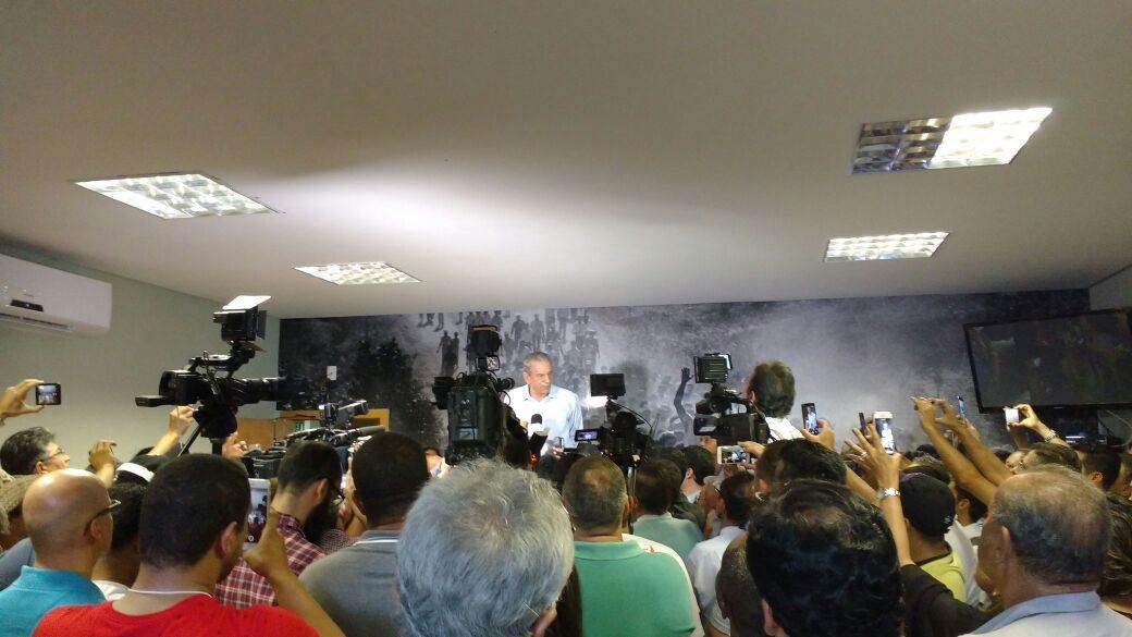 Iris Rezende é candidato novamente (Foto: Guilherme Coelho)