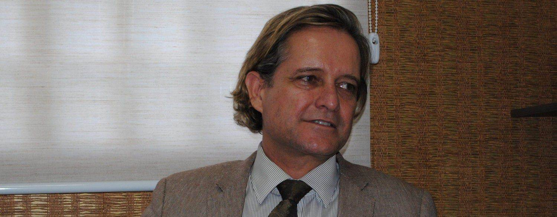 Pré-candidato a vereador Rener Bilac (PV) fala sobre problemas da região (Foto: Marco Faleiro)