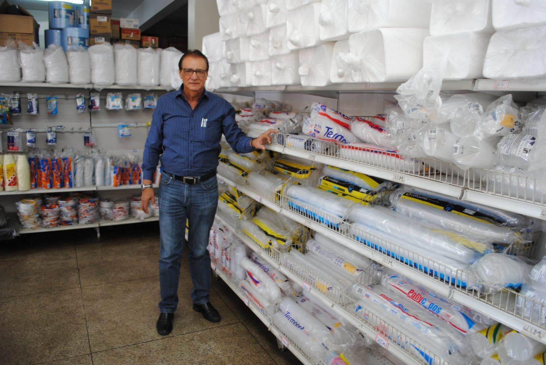 """Comércio é como montar um cavalo bravo"""", diz o comerciante do ramo de embalagens Antônio Hércules (Foto: Guilherme Coelho)"""