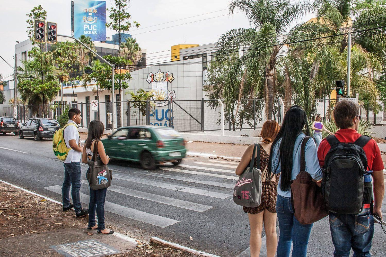 Dois anos depois, reportagem flagra imprudência na faixa de pedestre onde Jéssyca foi atropelada | Foto: Ângela Macário