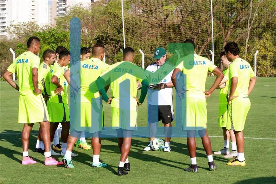 Goiás precisa de muitos pontos para melhorar sua situação na tabela (Foto: Reprodução)