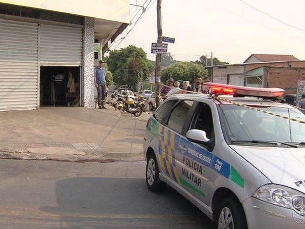 Suspeito morre após assaltar supermercado  Foto: Reprodução/TV Anhanguera