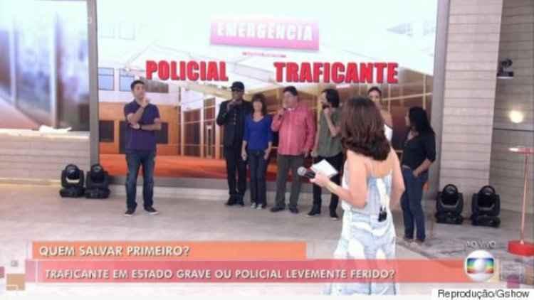 Durante programa, Fátima questiona. A minoria preferiram salvar o policial levemente ferido| Foto: Divulgação/TV Globo