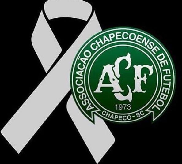 Em luto pela Chapecoense, entidade adia partidas   Foto: Reprodução