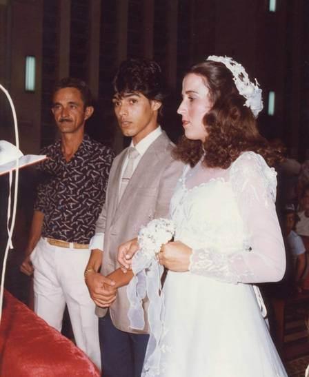 Zezé di Camargo casou-se em 1982 com Zilu, mas nega que ela seja a inspiração para É o amor | Foto: Divulgação