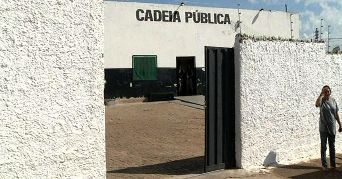 Presos escaparam por buraco no teto de cela na Cadeia Pública de Cristalina, GO | Foto: Reprodução