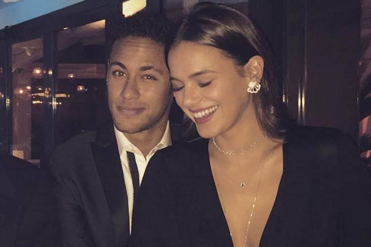 Neymar e Bruna estiveram um tempo separados. Mas, agora, tudo indica que vai rolar casamento   Foto: Reprodução/Redes Sociais
