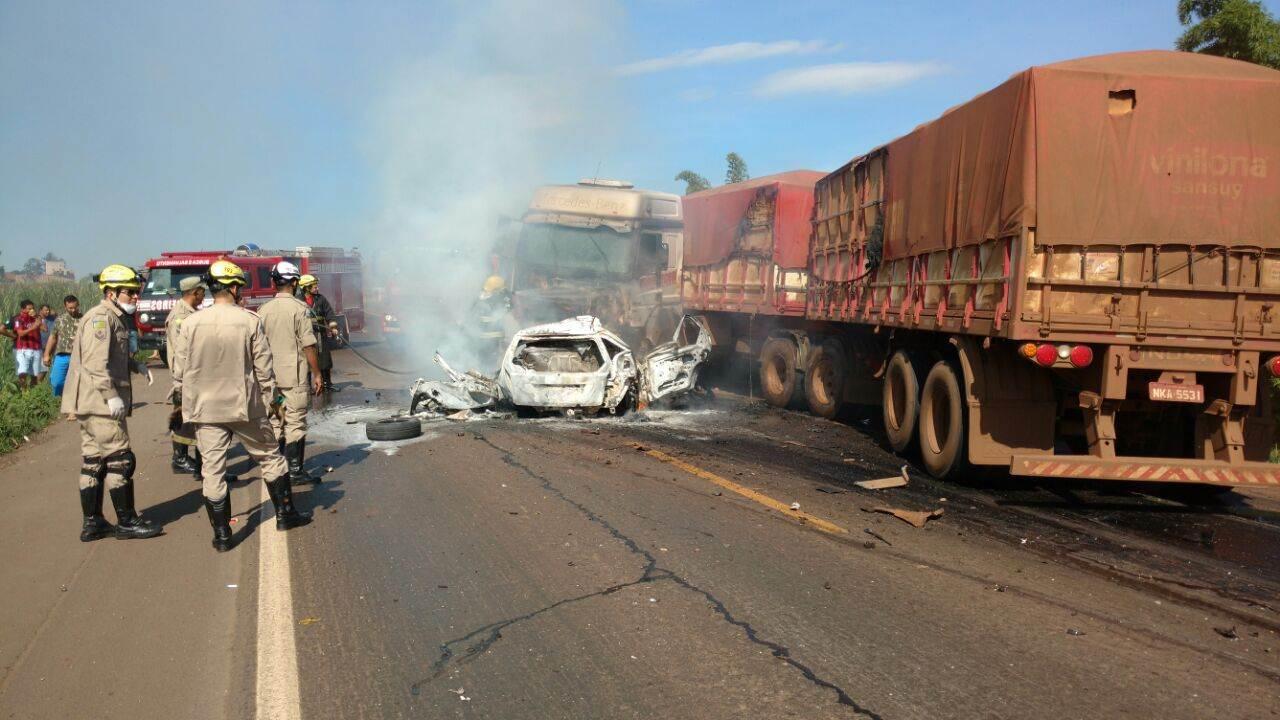 Acidente provocou interdição da rodovia