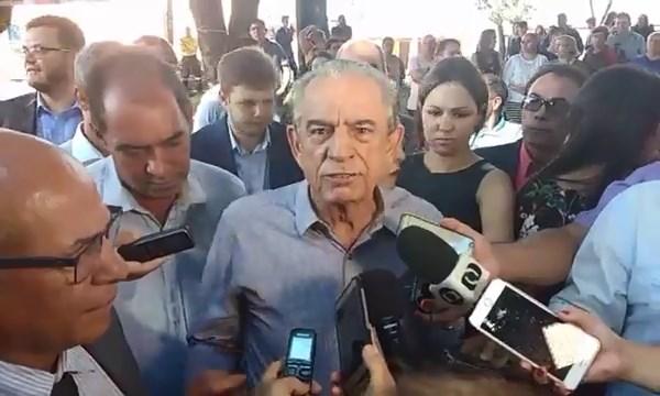 Prefeito de Goiânia Iris Rezende (PMDB) fala sobre melhorias no transporte e aumento na passagem | Foto: Marco Faleiro