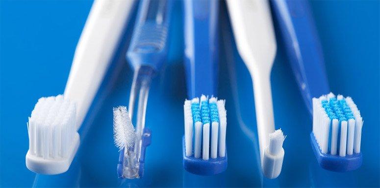 Escolha da escova de dente também contribui para uma boa escovação | Foto: Reprodução