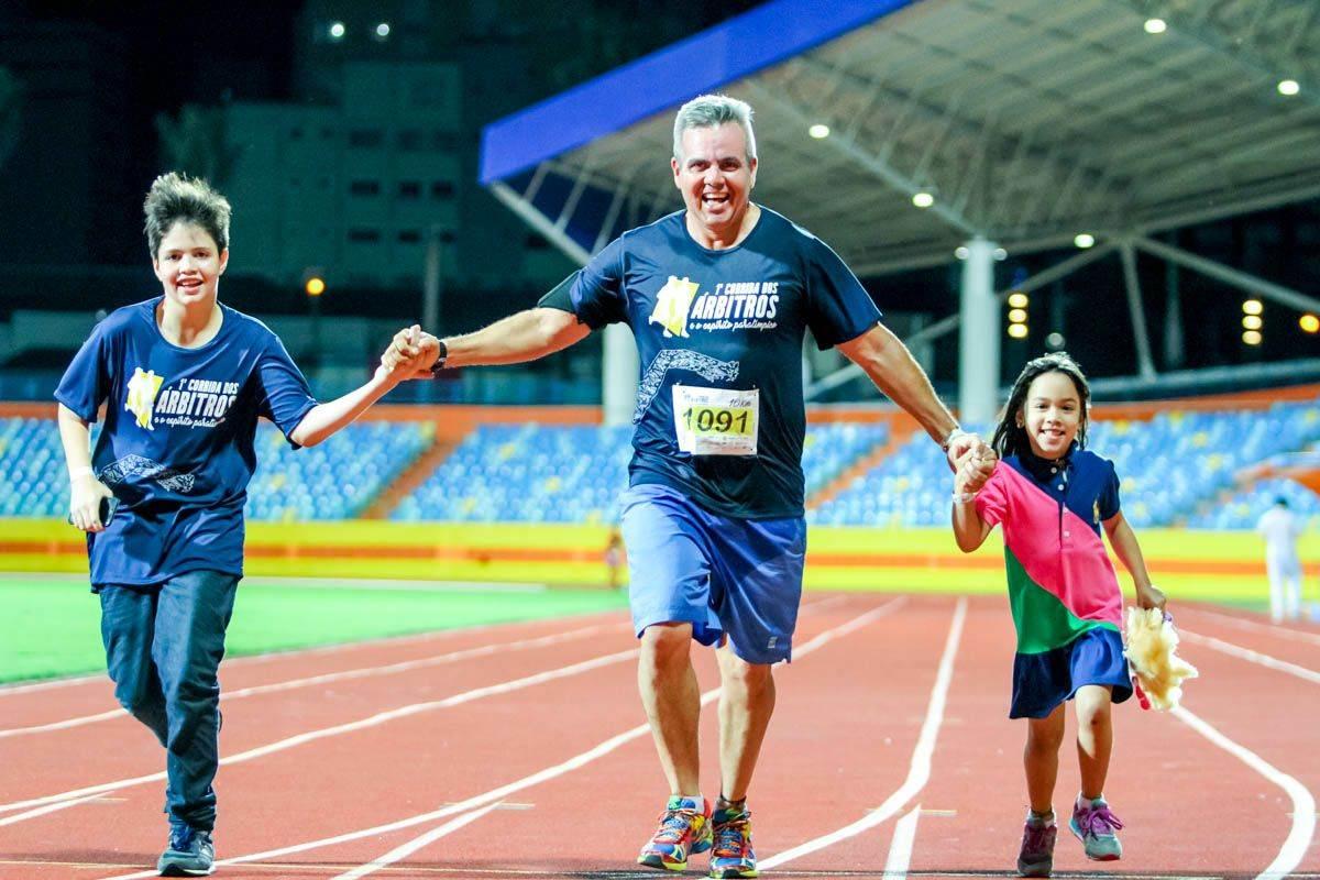 Esportistas que participaram da primeira edição da Corrida dos Árbitros estavam assegurados (Foto: Divulgação/ Safego)