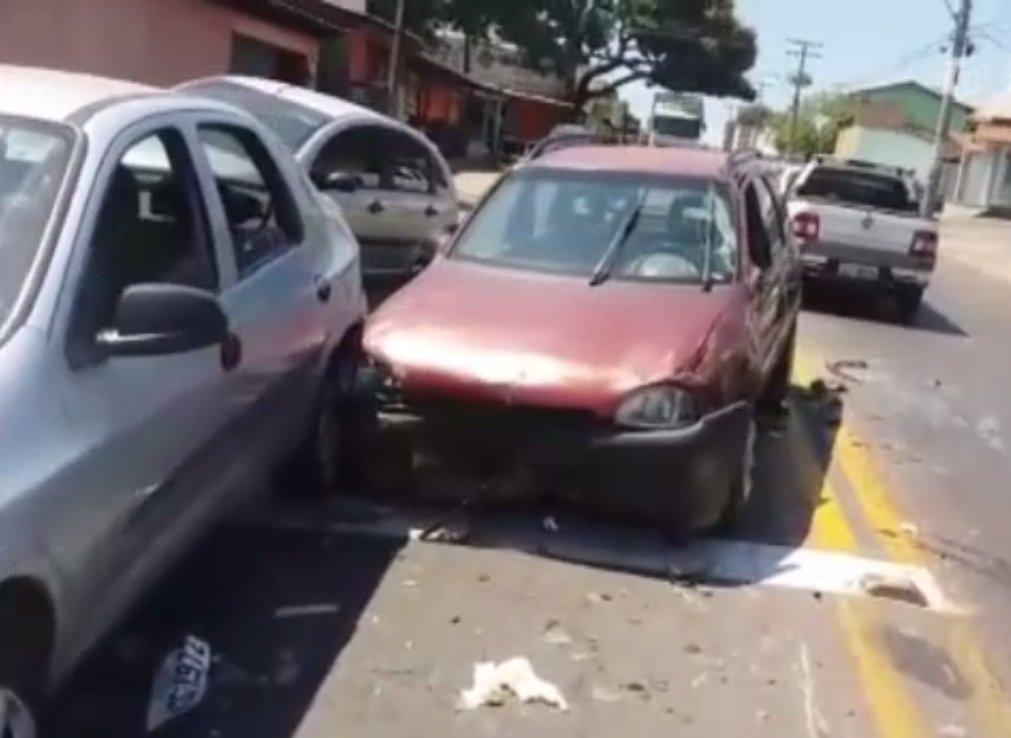 Acidente deixou um morto e um ferido em Goiânia na manhã desta segunda, 4 | Foto: Leitor/WhatsApp
