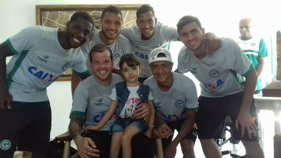 Juju conquistou a simpatia dos jogadores do Verdão | Foto: Reprodução/Facebook