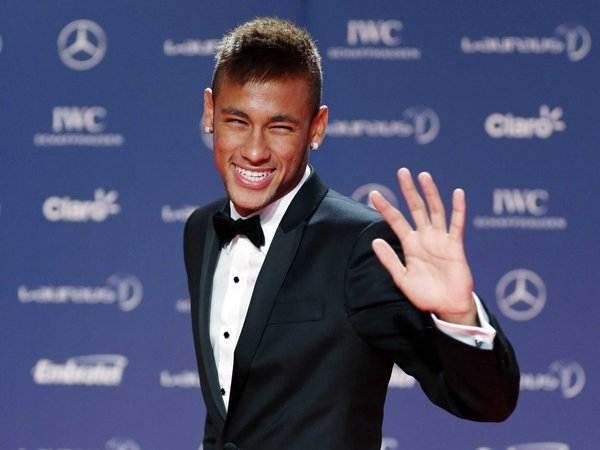 Neymar é um dos esportistas mais bem pagos do mundo   Foto: Reprodução