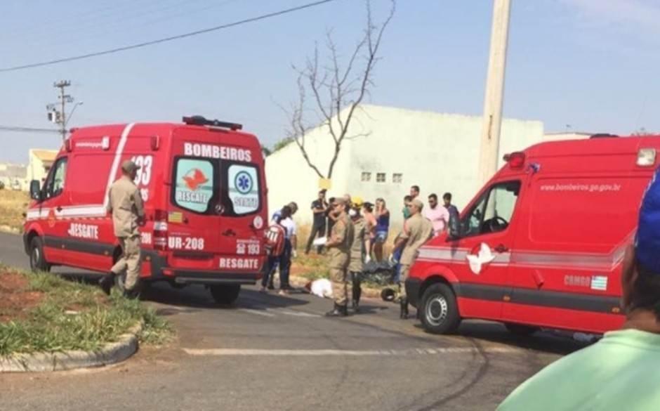 Acidente deixou uma vítima fatal no Setor Moinho dos Ventos, em Goiânia | Foto: Leitor / WhatsApp