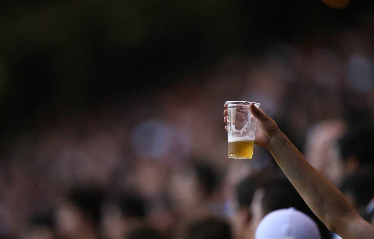 Cerveja terá preço promocional na partida entre Goiás e Náutico na próxima sexta-feira, 6   Foto Reprodução