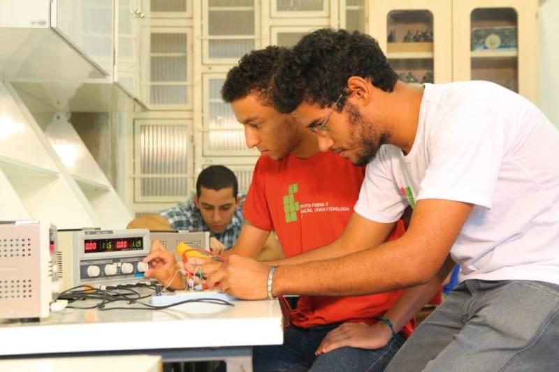 Cursos gratuitos de Eletrotécnica, Mecânica e Mineração têm inscrições abertas em Goiânia   Foto: Divulgação / IFG