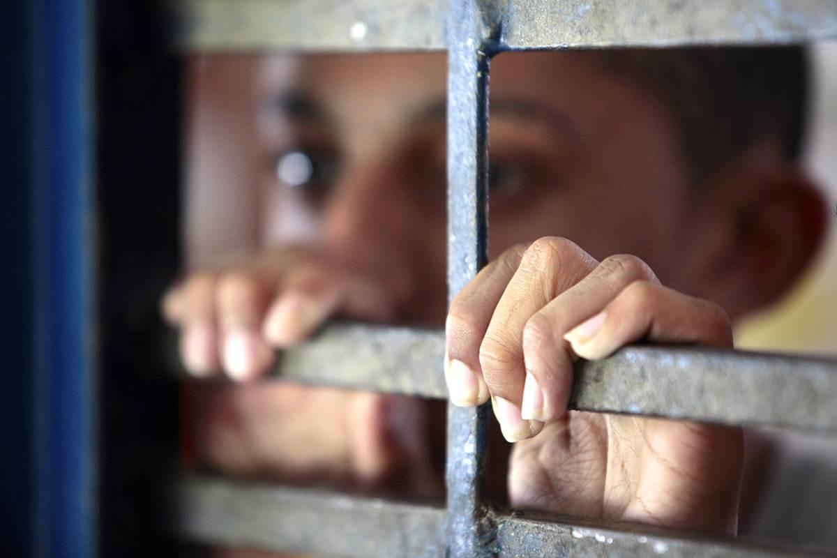 Redução da maioridade penal é tema de muito debate na atualidade | Foto: Reprodução / Conectas