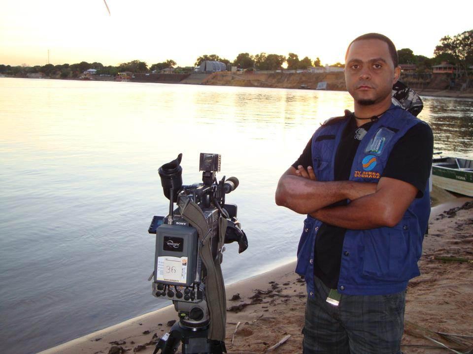 Repórter Lucílio Macedo e cinegrafista Anderson Barbosa foram vítimas de assalto na manhã desta quinta-feira, 16   Foto: Reprodução/ Redes Sociais