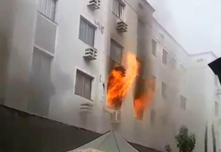 Incêndio consome apartamentos em prédio em Aparecida de Goiânia   Foto: Leitor / WhatsApp