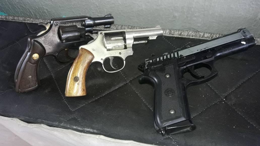 Trio portava revólveres calibre 38 no momento da abordagem | Foto: Divulgação/ PM