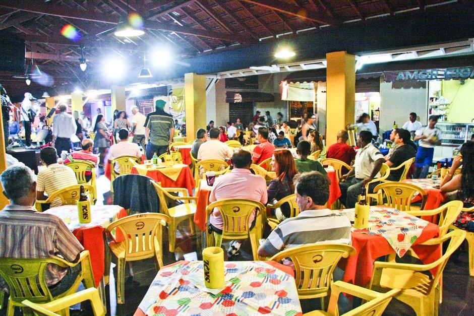 O popular Mercado da 74 reúne três restaurantes saborosos e baratos no centro de Goiânia   Foto: Reprodução