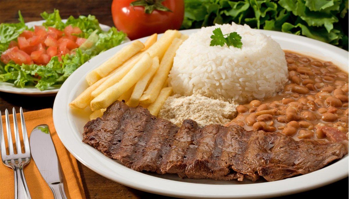 Centro de Goiânia oferta várias opções de refeições saborosas e baratas   Foto: Reprodução