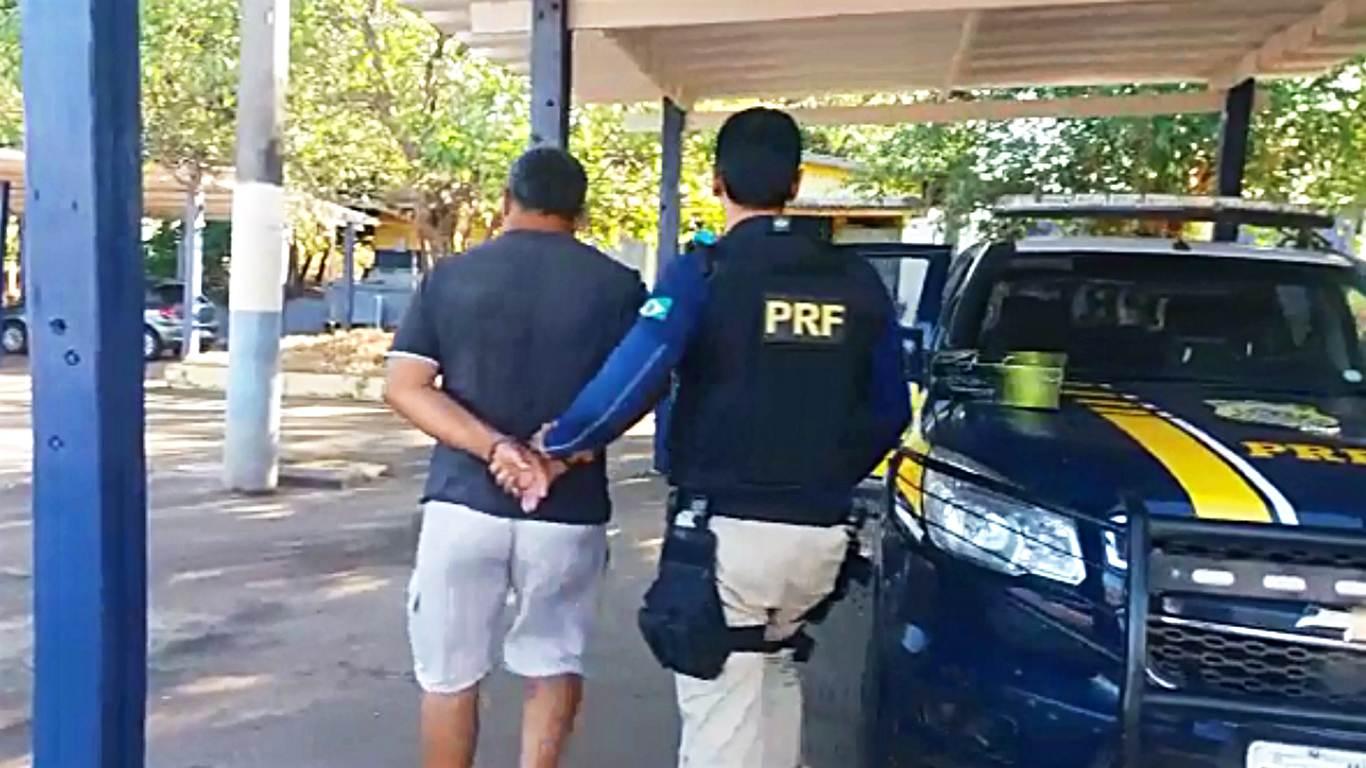 Homem de 59 anos foi denunciado por cobrar uma espécie de pedágio clandestino na BR 153 | Foto: Divulgação/PRF