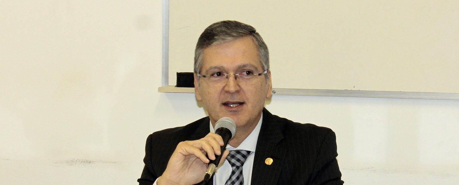Ministro do Tribunal Superior do Trabalho (TST) Douglas Alencar Rodrigues é um dos palestrantes do evento na Fieg   Foto: Reprodução