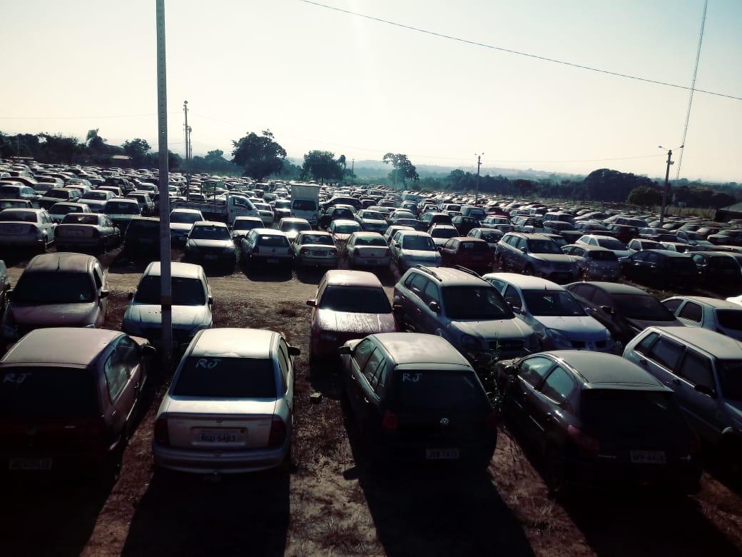Finalidade da venda é a desocupação dos pátios em que estão depositados os veículos   Foto: Divulgação/Detran-GO