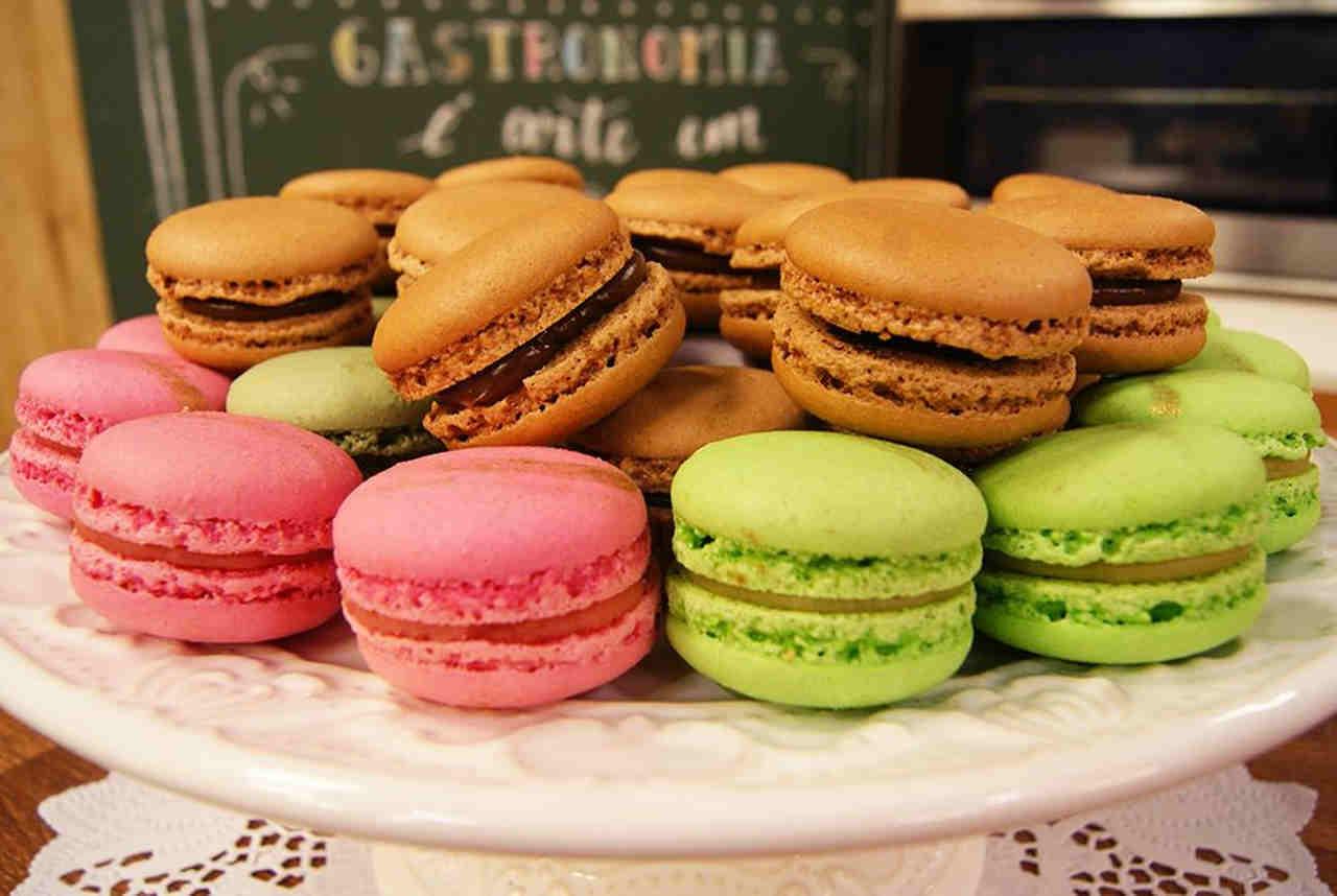 Os macarons são destaques na culinária doce do evento