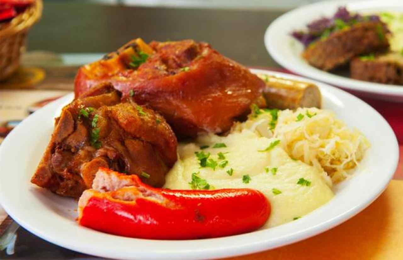 O Eisbein é mais um prato típico presente no festival | Foto: divulgação