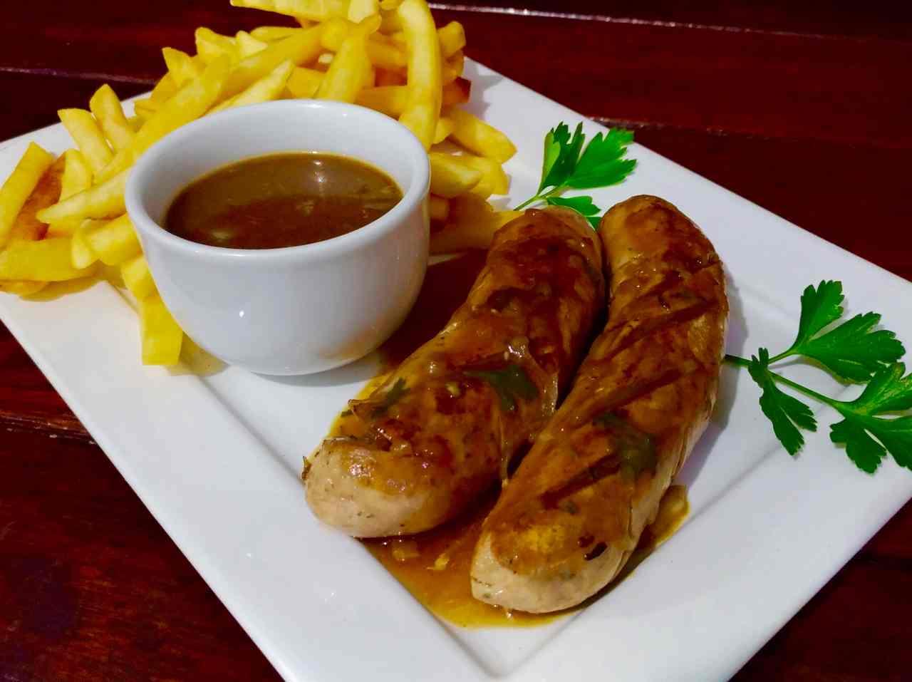 O salsichão é um prato alemão bastante típico   Foto: divulgação