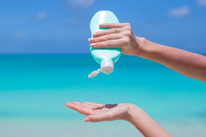 Fator de proteção é indicado de acordo com a idade e o tipo de pele de cada pessoa   Foto: Reprodução