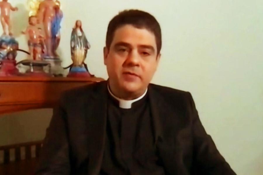 Padre Robson em entrevista ao Fantástico   Foto: Reprodução/Rede Globo