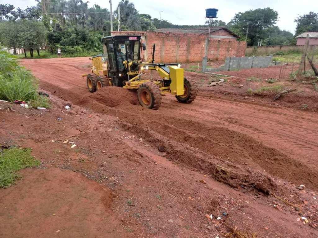 Prefeitura conserta cratera Aparecida