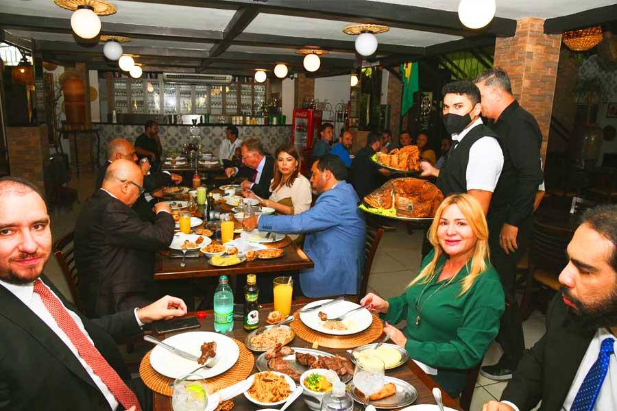 Almoço no restaurante Cabana do Lago, em Palmas   Foto: Valdemy Teixeira